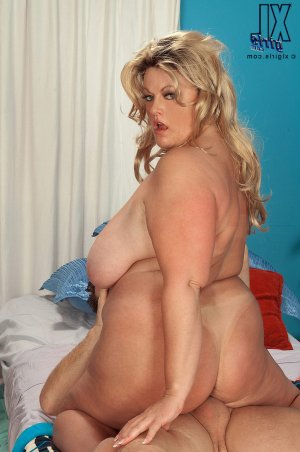 Emilda outcall escorts Walton-on-Thames